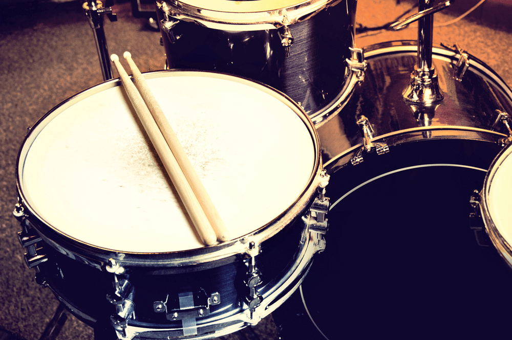 Things to Consider before Buying a Beginner Drum Set (buying guide)