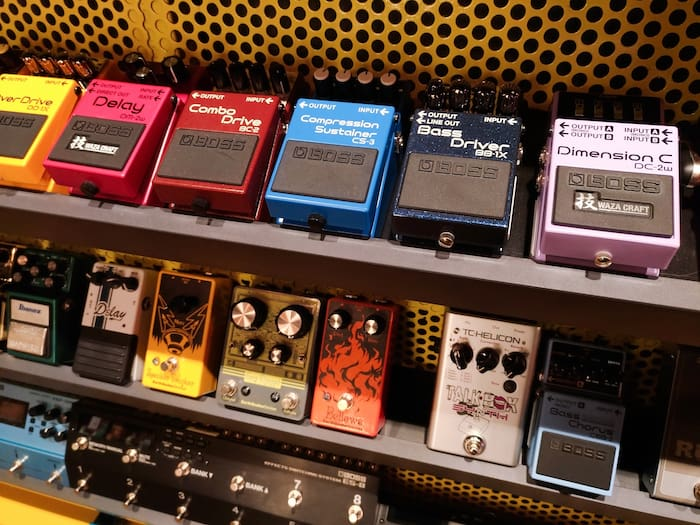 HOW TO CHOOSE THE RIGHT REVERB PEDAL